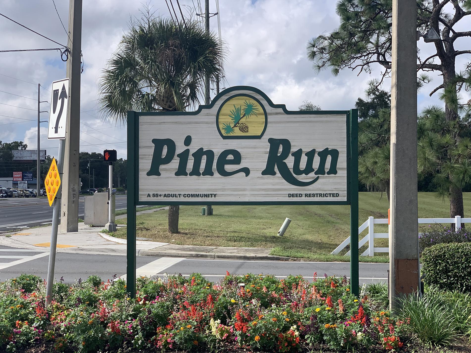 Pine Run Estates community sign