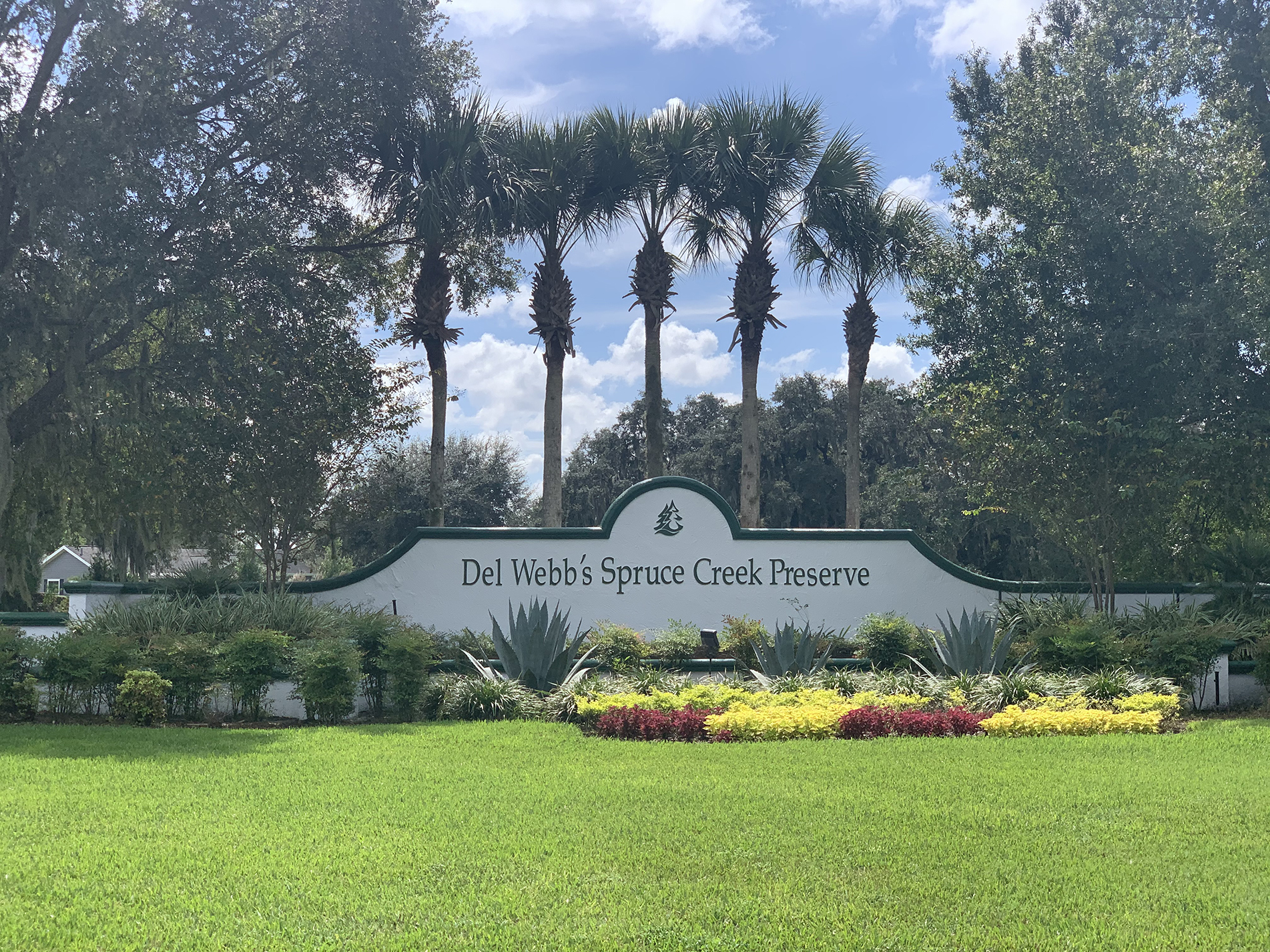 Spruce Creek Preserve community sign